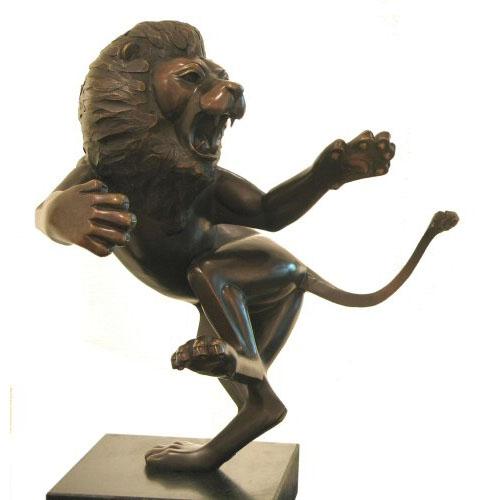 Frans van Straaten bronzen beeld 'Leeuw'